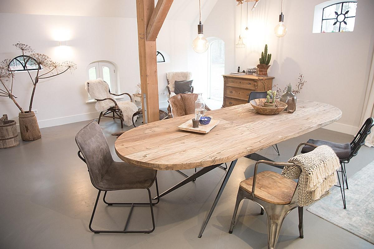 Eiken tafels van meneer van hout landelijkwonen blog for Houten eettafel design