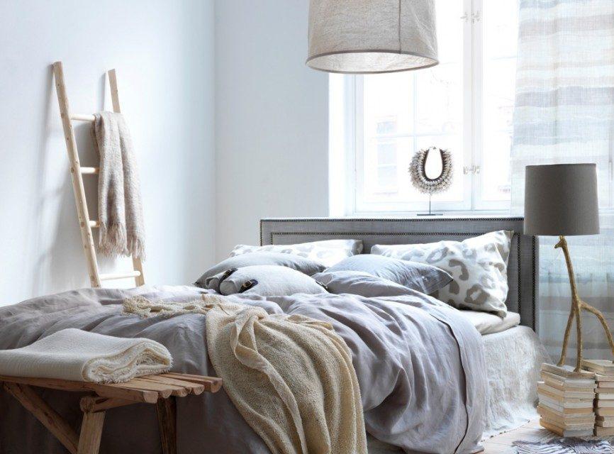 Landelijke slaapkamer zorgt voor een warme sfeer landelijkwonen